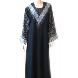 Abaya noire broderies argentées avec foulard assorti