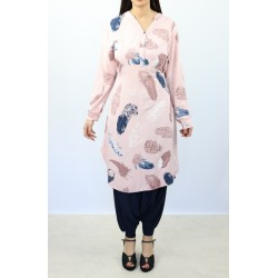 Buttoned tunic with belt - Pink color with patterns