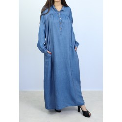 Long, loose denim dress with pockets and buttons