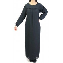 Long and loose dress fully lined with belt