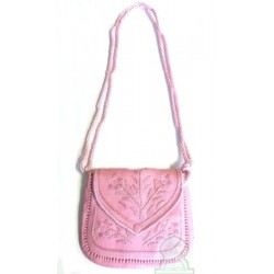 Moroccan artisanal bag in pink leather with pretty stitched patterns