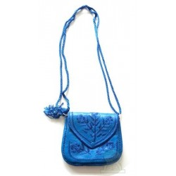 Moroccan artisanal bag in blue leather with pretty embroidered patterns