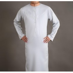 Elegant Qamis for men of superior light grey color with embroidery