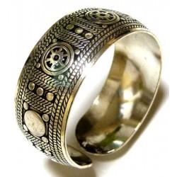 Cuff bracelet in silver metal for a woman
