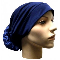 Hat in satin fabric with large flower (navy blue)