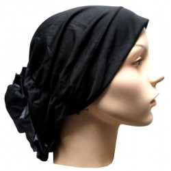 Hat in satin fabric with large flower (black)
