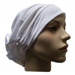 Hat in satin fabric with large flower (white)