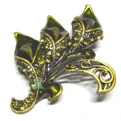 """Golden """"Arum"""" brooch green pearls for Hijab"""