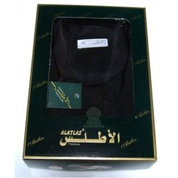 Qamis Al-Haramayn black embroidered with his pants (Size M)
