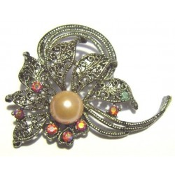 Silver flower brooch with large pearl for Hijab