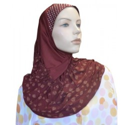 1-piece burgundy hijab beaded on the cap with copper patterns