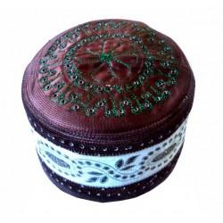 Brown rigid chachia with pretty decorations