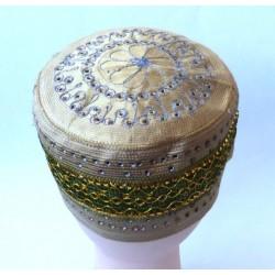 Rigid chachia with pretty decorations