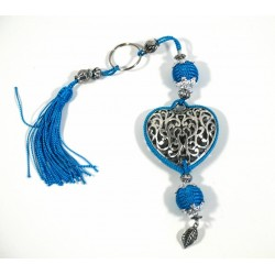 Handcrafted heart keychain in chiseled silver metal and sabra pompom - Sky blue
