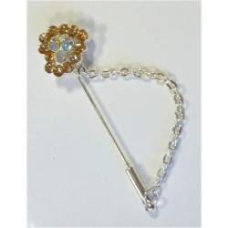 Silver pin for Hijab in the shape of a heart with diamonds