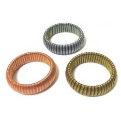 Women's fancy bracelet in golden cotton thread