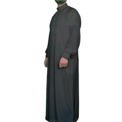 Qamis Al-Haramayn black embroidered with his pants (Size L)