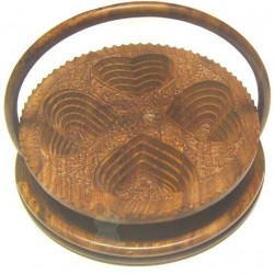 Telescopic basket carved wood 4 hearts