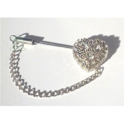 Heart-shaped hijab pin brooch with white pearls