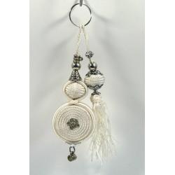 Decorative pendant / Handcrafted keyring with sabra pompom - White