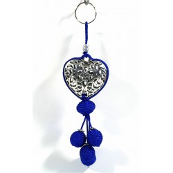 Handcrafted heart pendant / key ring in chiseled silver metal and sabra pompom - Blue
