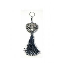 Porte-clés artisanal coeur en métal argenté ciselé et pompon en sabra - Gris