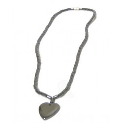 Fashion necklace in silver metal with full heart pendant