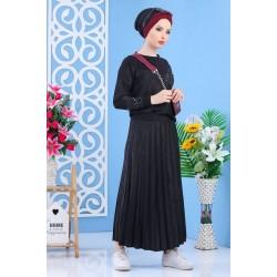 Ensemble tunique et jupe plissée de couleur noire